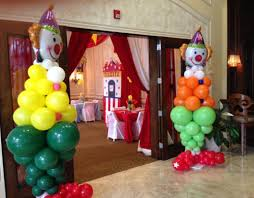 circus balloon decoration by dreamark events fort lauderdale