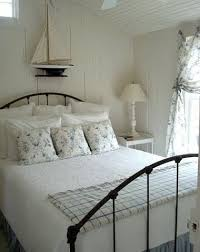 Best COTTAGE Guest Bedroom Images On Pinterest Guest - Cottage bedroom ideas