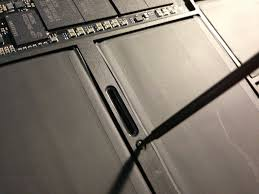 keeping the lights on how to replace a macbook air battery