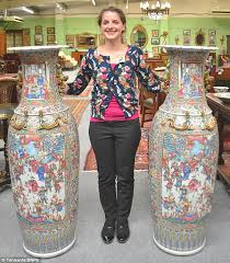 Chinese Vases History Chinese Vases That Sat In Hallway For 35 Years Set To Sell For