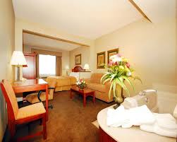 Comfort Suites Cancellation Policy Hotel Comfort Suites Green Bay Wi Booking Com