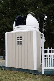 eye doctor spies sky from state of the art observatory in backyard