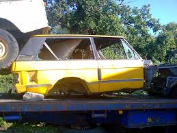 modified range rover classic file wrecked range rover classic jpg wikimedia commons
