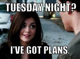 Pretty Little Liars Meme - 17 annoying things that happen when you re the only one of your