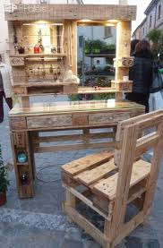 diy pallet work table gorgeous mirrored pallet vanity set with jewelry rack pallet