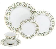 christmas dinnerware christmas dinnerware set for 8 40 christmas