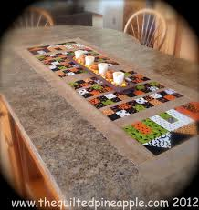 halloween table runner quilt pattern the quilted pineapple haunted little houses runner