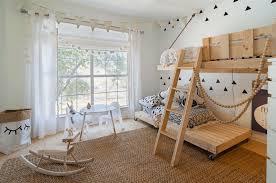 chambre d enfant originale design interieur lit enfant suspendu lit original roulettes