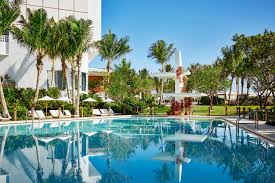 best swimming pools in miami for splashing and relaxing