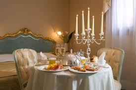Christmas Dining Room Decor Romantic Dining Room Decorating Ideas Cool Christmas Dining Table
