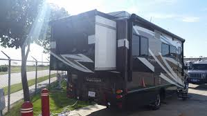 Used Horse Trailers For Sale In San Antonio Texas Vehicle Details Rv Motorhome Travel Trailer And Tent Camper