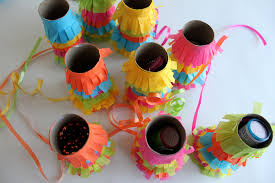 make this pull piñata garland love cupcakes blog