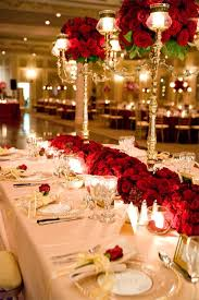 Christmas Wedding Table Decoration by Red And Gold Table Settings And Decorations I Love The Red Flowers