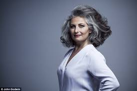 grey hair in 40 s simonetta wenkert is proof going grey can make you look years
