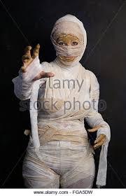 halloween mummy woman stock photos u0026 halloween mummy woman stock