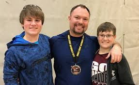 local chiropractor breaks national and world adfpf powerlifting