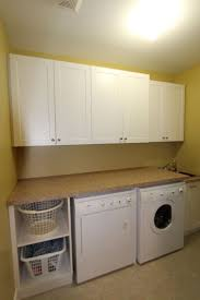 Storage Ideas For Small Laundry Rooms by Best 25 Contemporary Laundry Room Appliances Ideas On Pinterest