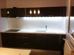 cr ence cuisine en verre credence led trendy crdence verre sur mesure with credence led