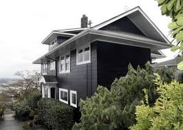 crushing on black and white houses currently crushing