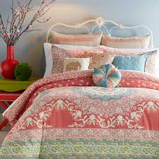Beach Themed Bed Sheets Bedroom Bedroom Design Using Coral And Turquoise Bedding With