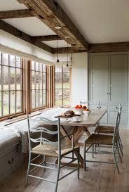 breathtaking modern farmhouse on martha s vineyard modern farmhouse kathleen walsh interiors 006 1 kindesign