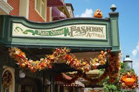 magic kingdom u0027s fall halloween decorations 2014 photo 8 of 37