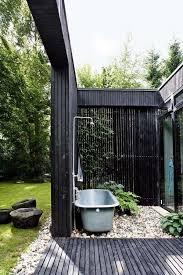 outdoor bath house ideas