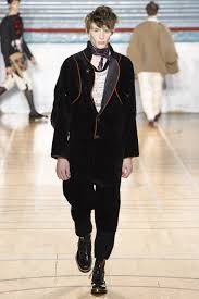 vivienne westwood fall 2017 menswear collection vogue