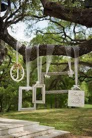 wedding backdrop frame 12 fab ways to use frames in your wedding weddingsonline