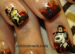 diy nail snoopy and woodstock thanksgiving manicure