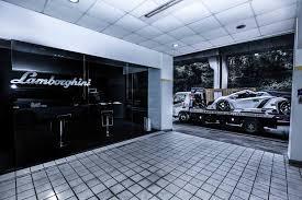 Lamborghini Veneno Exterior - rare white lamborghini veneno roadster lp750 4 delivered to