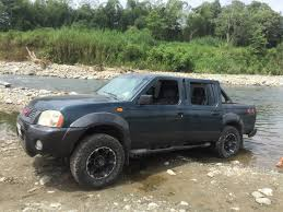 nissan frontier 2001 custom japan nissan frontier calmini suspension stuff pinterest