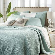 Bed Quilt Quilts Bed Quilts Coverlets And Quilt Sets Pier 1 Imports