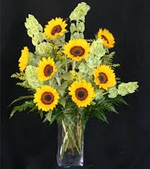 bouquet of sunflowers smiling sunflower bouquet a cheery display of gorgeous sunflowers
