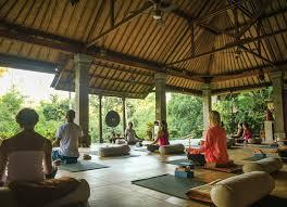 10 rejuvenating yoga retreats in bali
