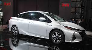 Interior Of Toyota Prius Which Looks More Competitive Toyota Prius Prime Or Hyundai Ioniq