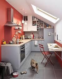mur cuisine framboise cuisine blanche mur framboise charmant mur couleur framboise et