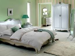 Hollywood Loft King Bedroom Set Apartments Endearing Silver Bedroom Furniture And White Gallery