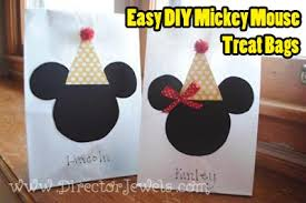 mickey mouse favor bags director jewels mickey mouse clubhouse easy diy goody bag tutorial