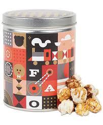 s bar fao schwarz toasted cinnamon popcorn tin