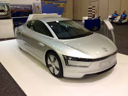 volkswagen xl1 volkswagen xl1 world u0027s most efficient car makes its us debut