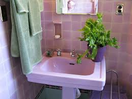 lavender bathroom ideas 38 best vintage tile bathrooms images on retro