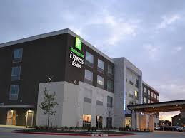 find dallas hotels top 64 hotels in dallas tx by ihg