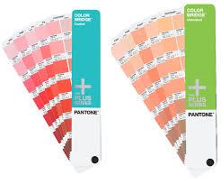 pantone color bridge coated uncoated guide book set gp4002