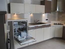 hauteur d une hotte de cuisine hauteur standard cuisine dimensions plan de travail cuisine