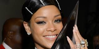 rihanna u0027s hair at the ama is actually not a real hairstyle it u0027s a
