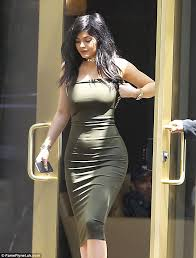kylie jenner finds support in tyga as they after caitlyn u0027s vf