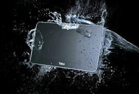 fernseher fürs badezimmer fernsehen im badezimmer diese tvs fürs bad machen es möglich