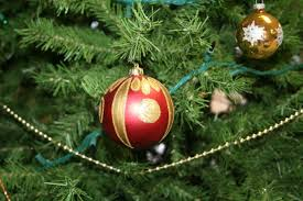 ornaments dedicated to wisconsin troops to adorn tree at
