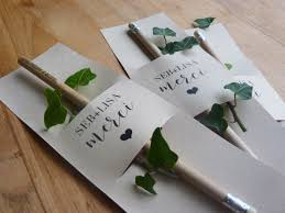 cadeau mariage invitã l atelier inspiré lot 20 cadeaux invité crayon bois 50